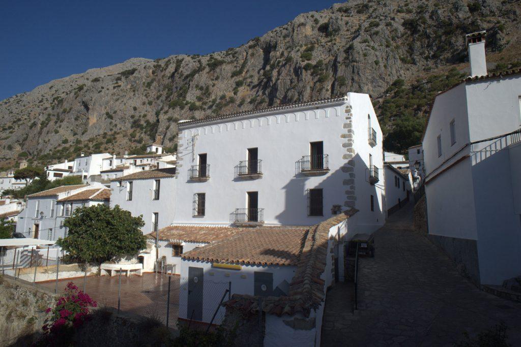 Albergue de Villaluenga, Federación Andaluza de Espeleología y Descenso de Cañones